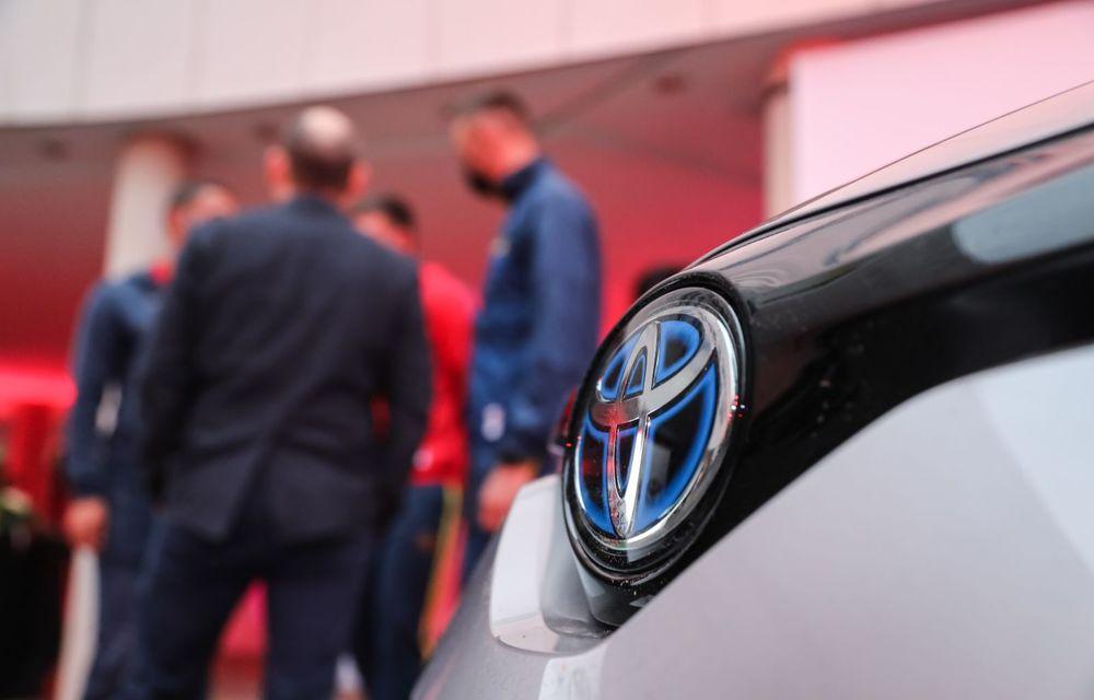 Medaliații români de la Tokyo au fost premiați cu modele Toyota hibrid - Poza 48