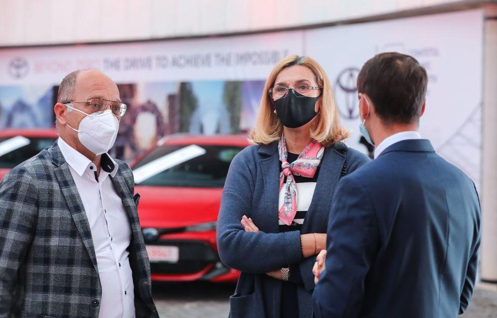 Medaliații români de la Tokyo au fost premiați cu modele Toyota hibrid - Poza 50