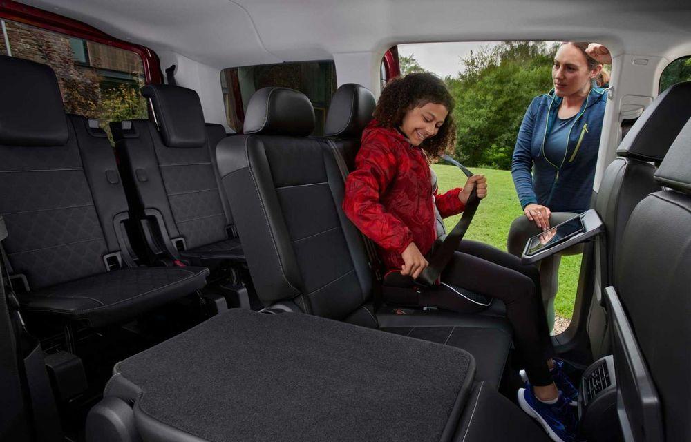 Noua generație Ford Tourneo Connect: două motorizări și, în premieră, tracțiune integrală - Poza 15