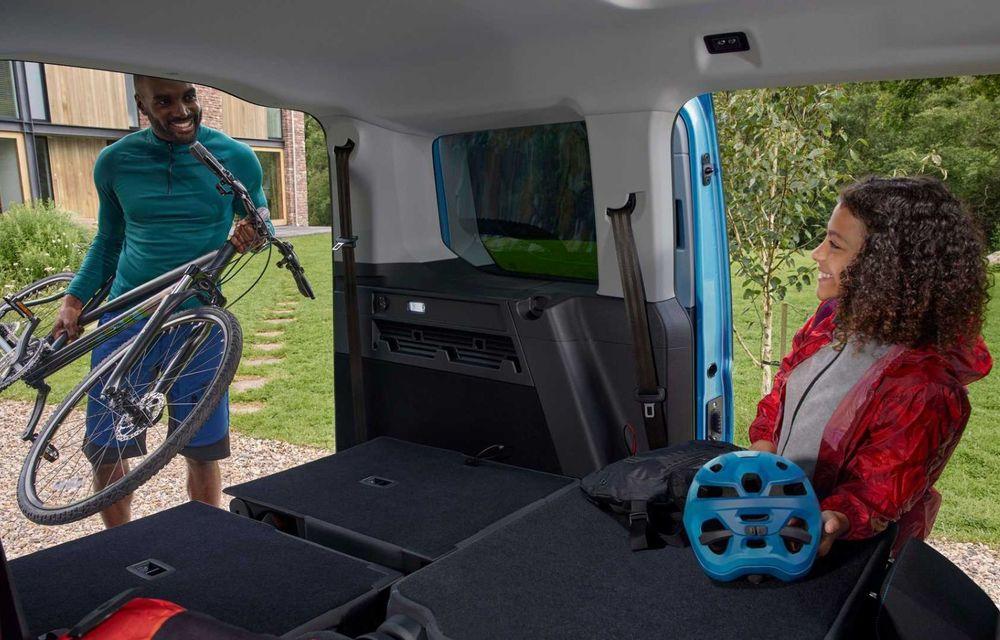 Noua generație Ford Tourneo Connect: două motorizări și, în premieră, tracțiune integrală - Poza 17