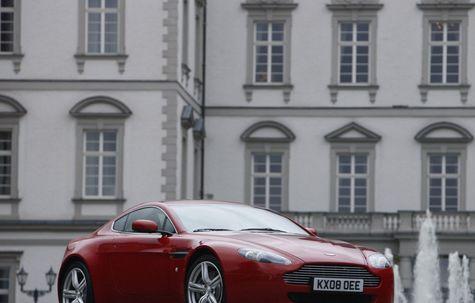 Aston Martin V8 Vantage Coupe (2009)