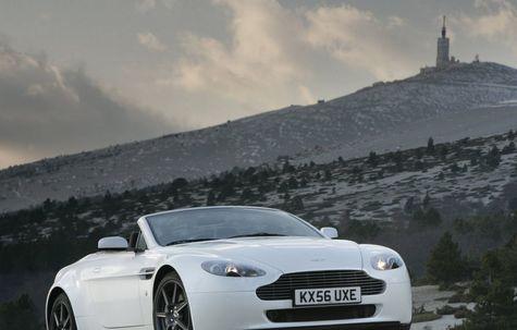 Aston Martin V8 Vantage Roadster (2009)