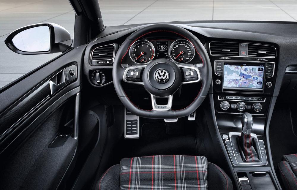 Volkswagen Golf VII GTI, primele imagini ale conceptului - Poza 2