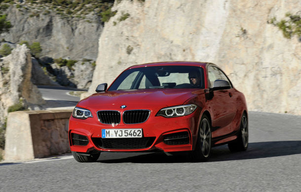 BMW Seria 2 Coupé - primele imagini oficiale ale fratelui coupe al Seriei 1 - Poza 2