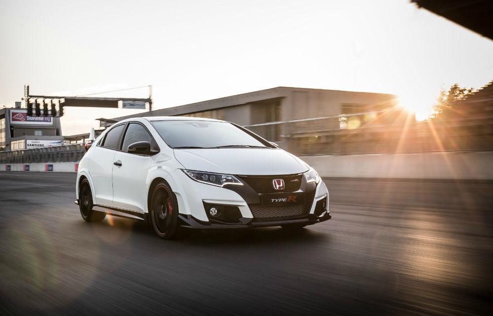 Prețuri Honda Civic Type R în România: compacta sportivă pleacă de la 39.600 euro - Poza 2