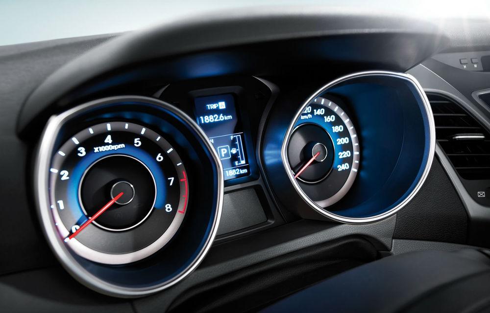 Preţuri Hyundai Elantra facelift în România: berlina pleacă de la 17.670 euro - Poza 2