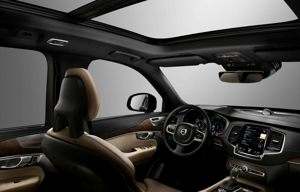 Volvo XC90 s-a lansat oficial în România. SUV-ul are deja 20 de clienţi care aşteaptă livrarea - Poza 3