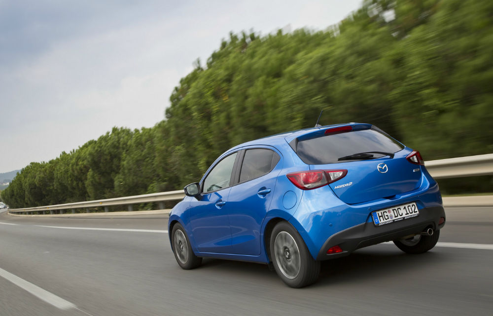 Mazda2 are un preţ de pornire de 11.000 euro cu TVA inclus pe piaţa din România - Poza 2