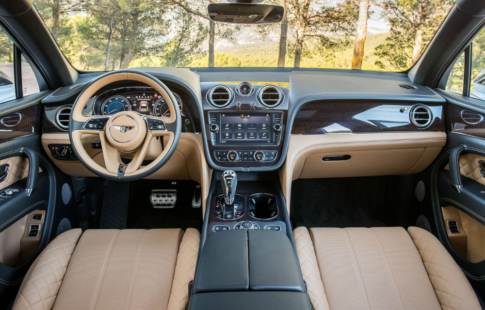 Nouă români și-au comandat cel mai scump SUV din lume: Bentley Bentayga. Cota României pe 2016 e deja epuizată - Poza 2