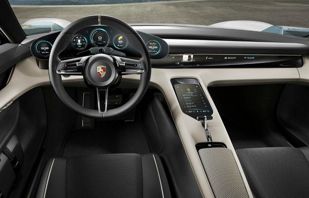 Exemplu de dedicare: muncitorii Porsche renunță la măririle salariale pentru a putea să producă primul model electric al mărcii - Poza 2