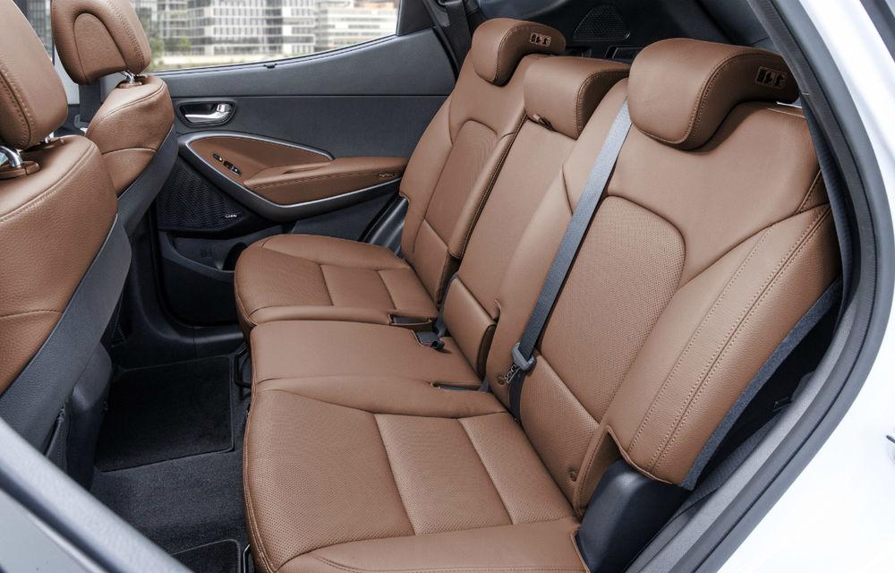 Hyundai Santa Fe facelift: SUV-ul coreenilor se adaptează la limbajul stilistic al mărcii - Poza 2