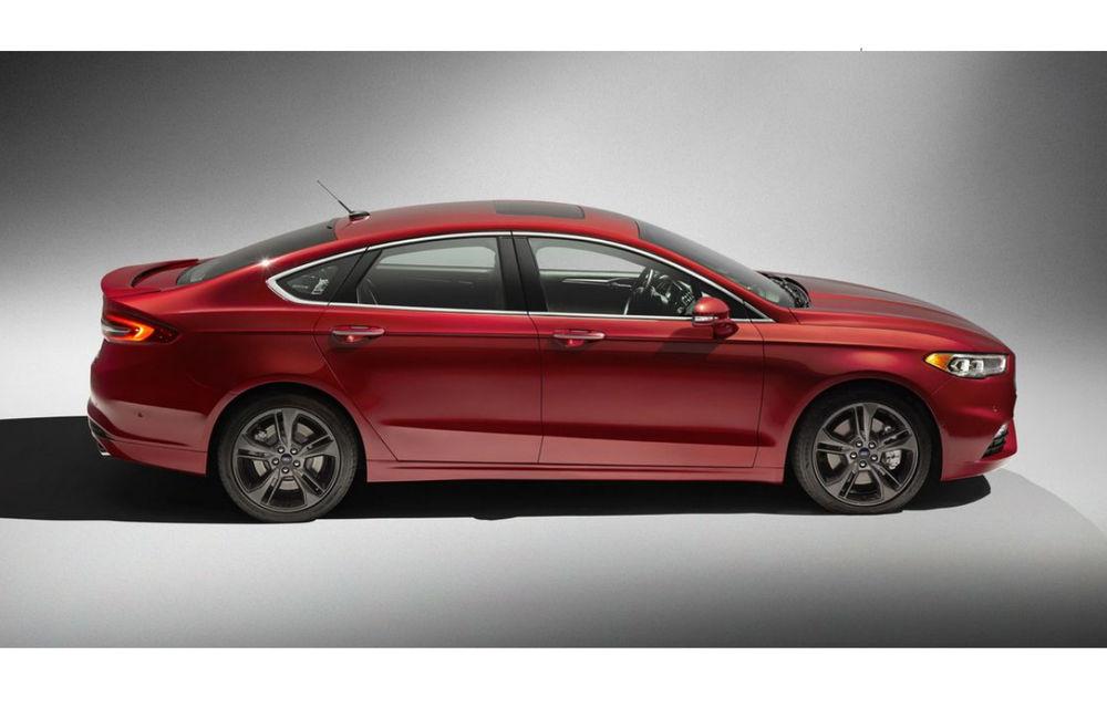 Faceliftul lui Ford Mondeo este dezvăluit deja de versiunea sa americană. Un nou motor pe benzină și interior de Jaguar - Poza 2