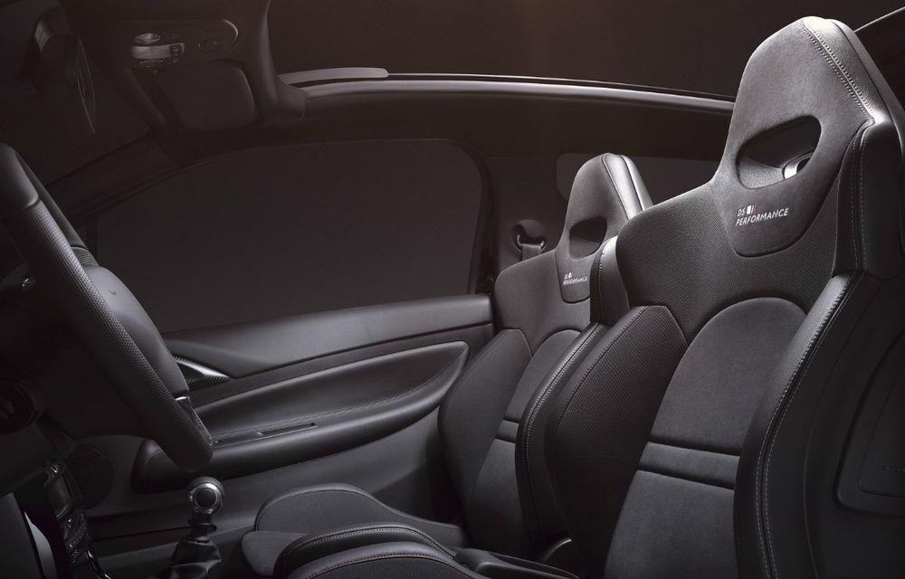 Re-facelift fără siglă Citroen: DS3 renunță la logo-ul mărcii-mamă și primește un al doilea facelift - Poza 2
