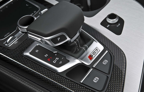Audi a lansat cel mai puternic SUV diesel din lume: SQ7 oferă 435 de cai putere și un compresor electric - Poza 2