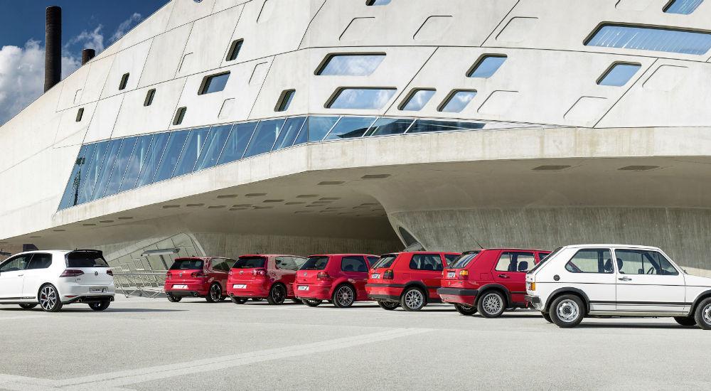 Mai bun decât el însuși: VW Golf GTI Clubsport S și-a depășit propriul record pe Nurburgring - Poza 2