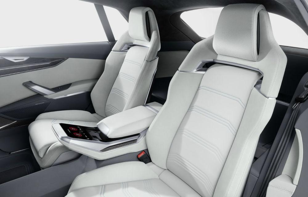 Audi Q8 Concept pornește pe urmele lui Range Rover și Mercedes GLS: imagini și detalii oficiale cu SUV-ul german - Poza 2