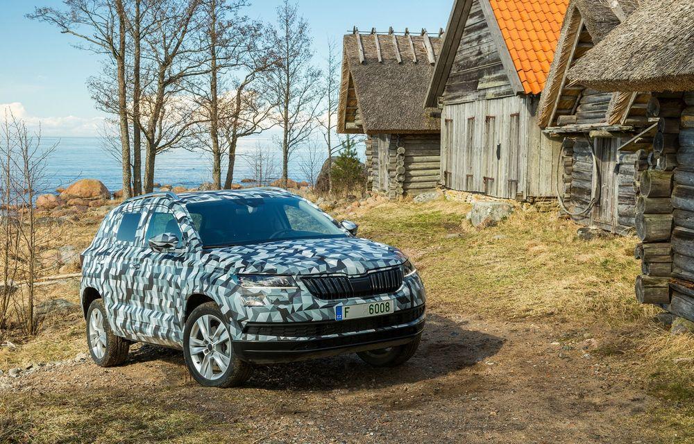 Skoda se adaptează la epoca modernă: SUV-ul Karoq este primul model al mărcii cu ceasuri de bord digitale - Poza 2