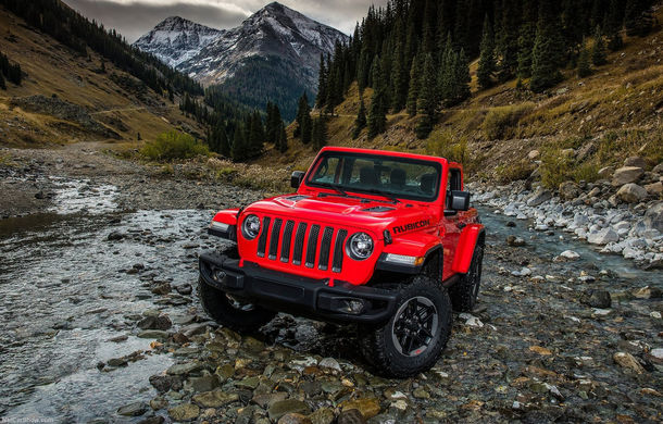 Primele imagini cu interiorul noii generații Jeep Wrangler: modelul debutează oficial în 29 noiembrie - Poza 2