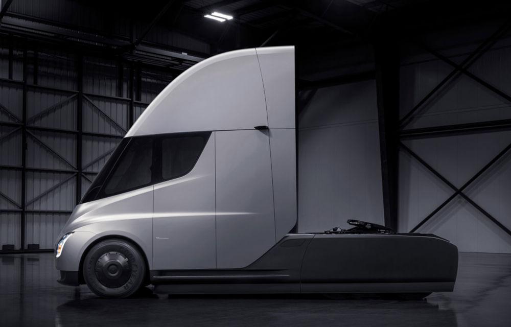 """Producția lui Tesla Semi va începe în a doua jumătate a anului: """"Capul tractor va putea aborda și drumuri sever deteriorate"""" - Poza 2"""