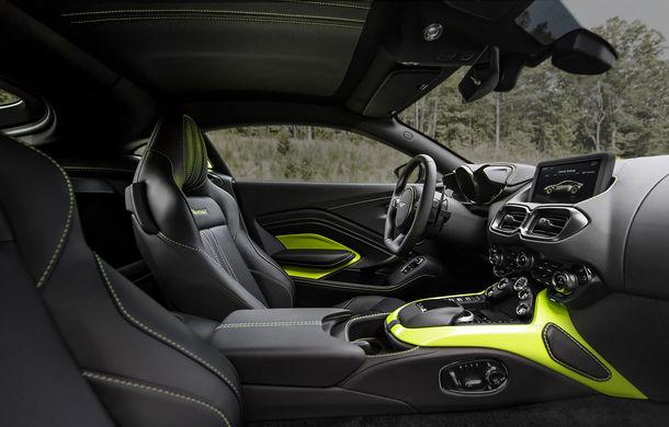 Aston Martin a vândut deja aproape toată producția Vantage pentru anul viitor: comenzile pentru noul coupe au început de doar câteva zile - Poza 2