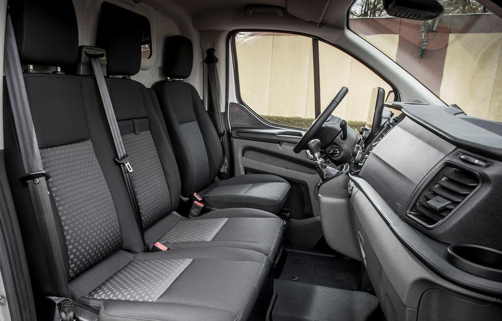 Ford a lansat noul Transit Custom facelift: 5 lucruri pe care trebuie să le știi despre utilitara Ford - Poza 2