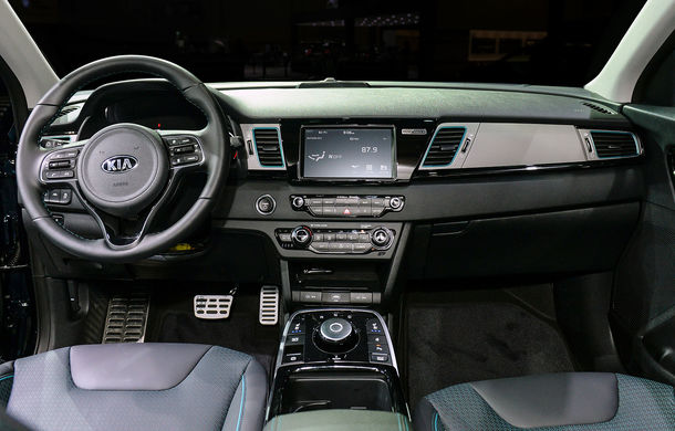 Primele imagini și informații despre versiunea electrică a lui Kia Niro: SUV-ul va avea autonomie de până la 380 de kilometri - Poza 2