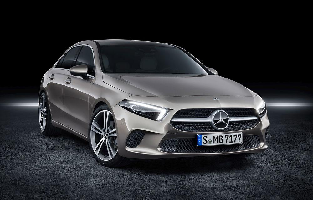 Primele imagini cu viitorul Mercedes-Benz Clasa A Sedan: noul model debutează până la finalul anului și va avea cel mai bun coeficient aerodinamic din segment - Poza 2