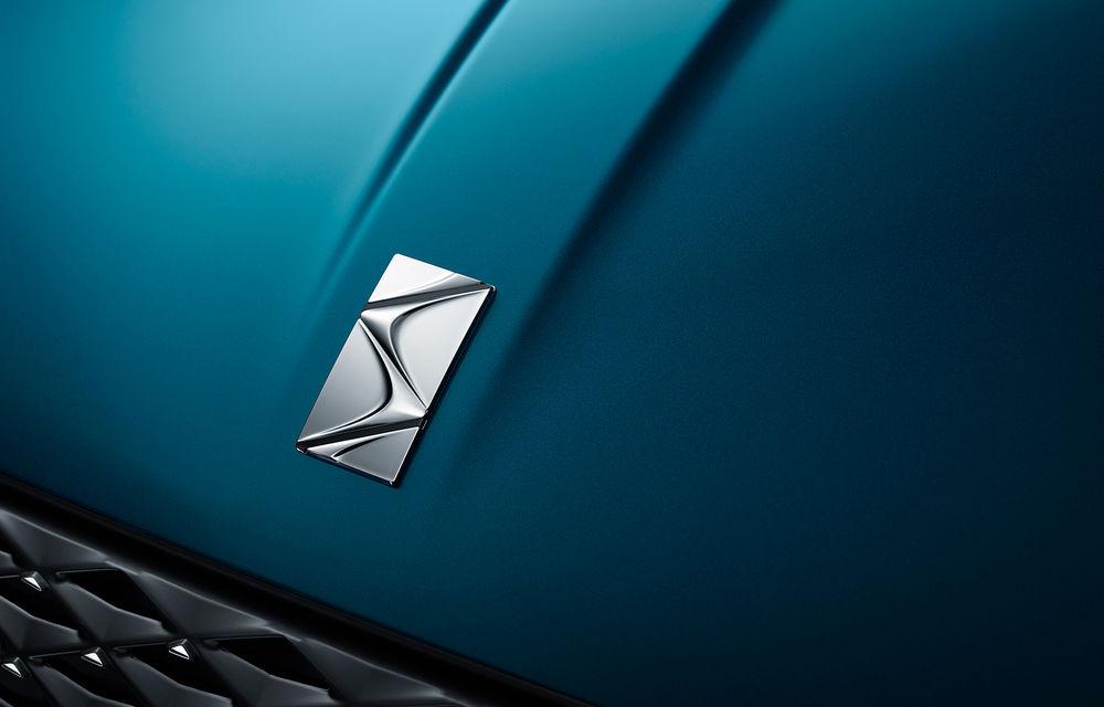 Primele imagini cu DS 3 Crossback: SUV de oraș cu elemente atrăgătoare de design și versiune electrică cu autonomie de 300 de kilometri - Poza 2