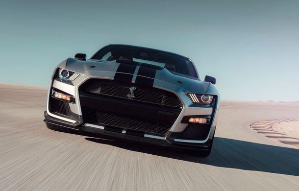 """Ford a prezentat noul Shelby GT500: motor V8 de """"peste 700 CP"""", cutie automată cu dublu ambreiaj și """"circa 3.5 secunde"""" pentru sprintul 0-100 km/h - Poza 2"""