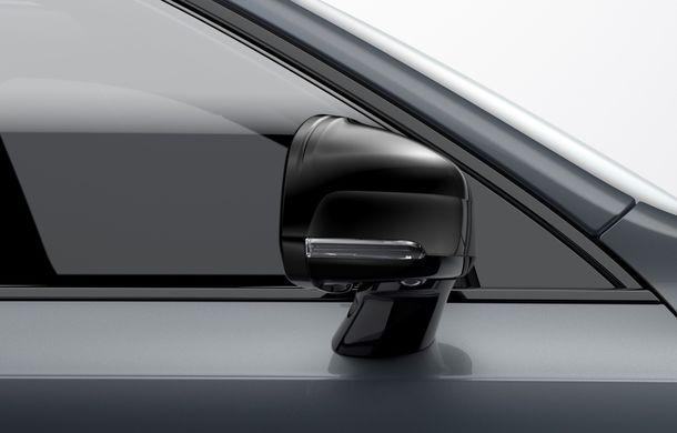 Volvo XC90 facelift: cel mai mare SUV suedez primește o versiune mild hybrid cu motor diesel de 235 CP - Poza 2