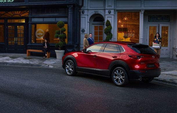 Mazda CX-30 este cel mai nou SUV al mărcii japoneze: design modern, pachet generos de tehnologii de siguranță și motorizări preluate de pe noul Mazda 3 - Poza 2