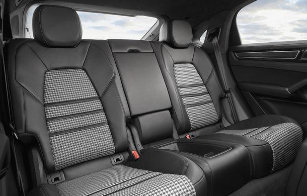 Porsche Cayenne Coupe: noul rival al lui BMW X6 și Mercedes-Benz GLE Coupe are motor V8 de 550 de cai putere - Poza 2