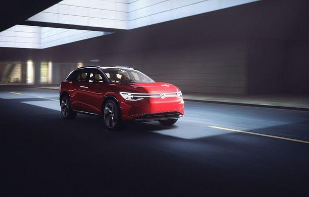 Volkswagen a prezentat noul concept ID Roomzz: SUV-ul electric cu șapte locuri dezvoltă 306 CP și promite o autonomie de până la 450 de kilometri - Poza 2