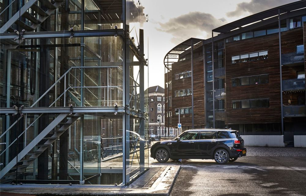 Mini Clubman facelift: break-ul compact primește modificări minore de design - Poza 2