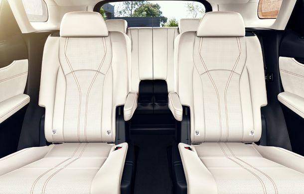 Lexus RX facelift, poze și detalii oficiale: modificări estetice minore și comportament dinamic îmbunătățit - Poza 2