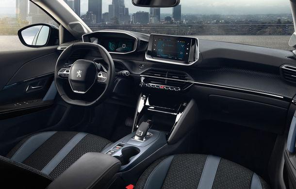 Noua generație Peugeot 2008: dimensiuni mai mari, design modern și versiune electrică cu autonomie de 310 kilometri - Poza 2