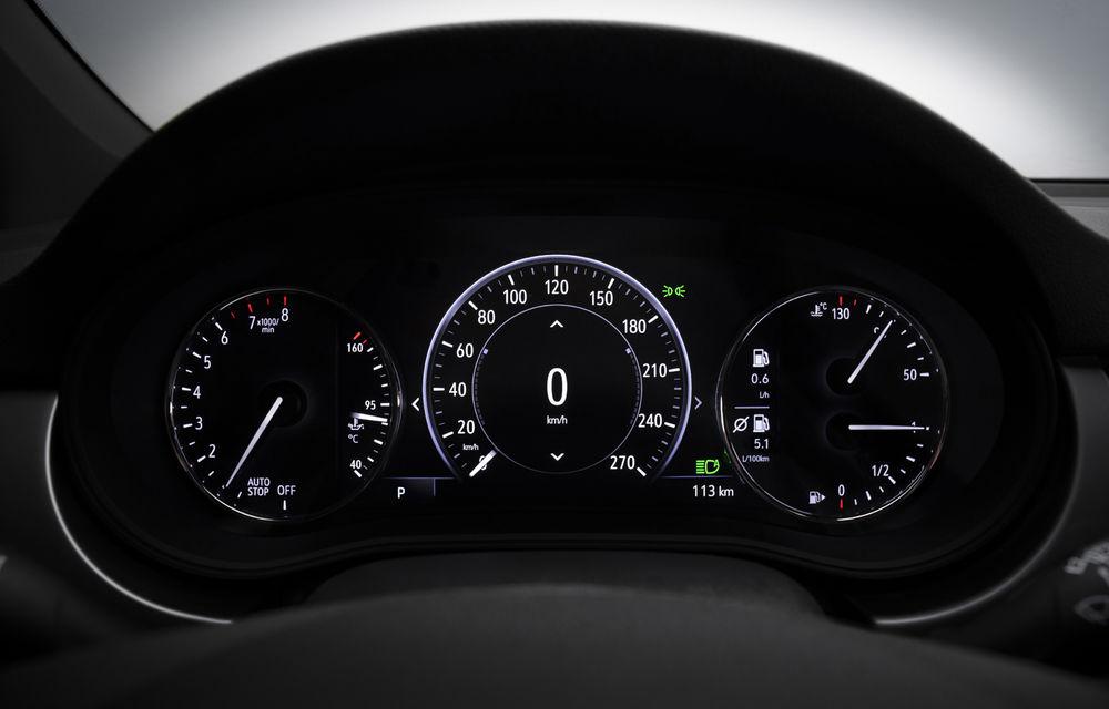 Opel Astra facelift: rivalul lui Ford Focus primește motorizări noi și tehnologii moderne la interior - Poza 2