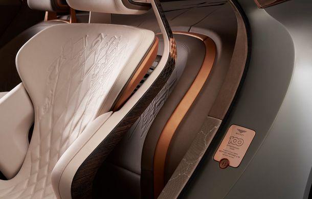 Bentley prezintă conceptul electric EXP 100 GT: autonomie de 700 de kilometri, viteză maximă de 300 km/h și cuplu de 1.500 Nm - Poza 2