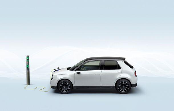 Honda e poate fi comandat în România: primul model electric al constructorului nipon este disponibil doar în varianta de top pentru un preț de pornire de aproape 40.000 de euro - Poza 2