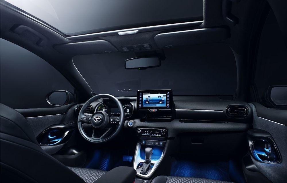 Toyota prezintă noua generație Yaris: design modern, dimensiuni mai mici, platformă nouă și sistem hibrid de 1.5 litri - Poza 2