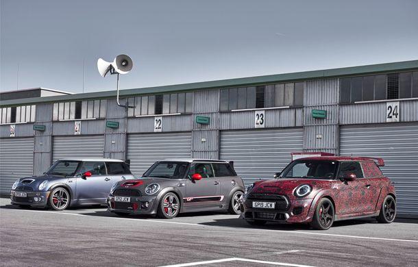 Noul Mini John Cooper Works GP va fi expus în 20 noiembrie: Hot Hatch-ul britanic cu peste 300 CP va fi produs în doar 3.000 de unități - Poza 2