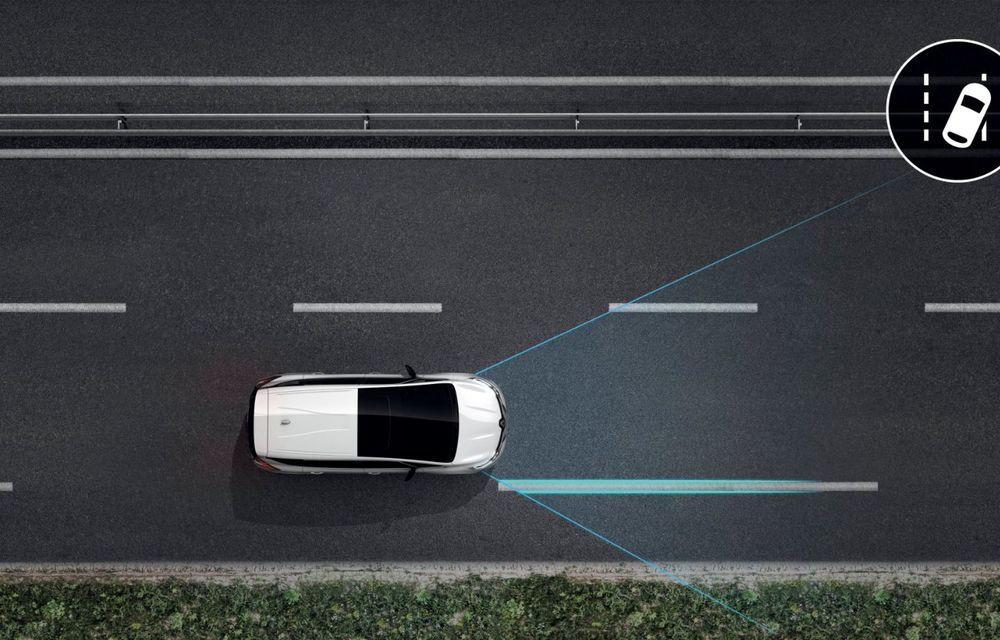 Renault a prezentat Espace facelift: modelul producătorului francez va fi echipat cu tehnologii noi și motorizări îmbunătățite - Poza 2