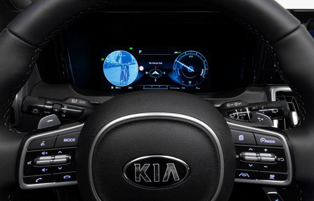 Primele imagini cu noua generație Kia Sorento: SUV-ul primește îmbunătățiri de design și versiune plug-in hybrid de 265 de cai putere - Poza 2