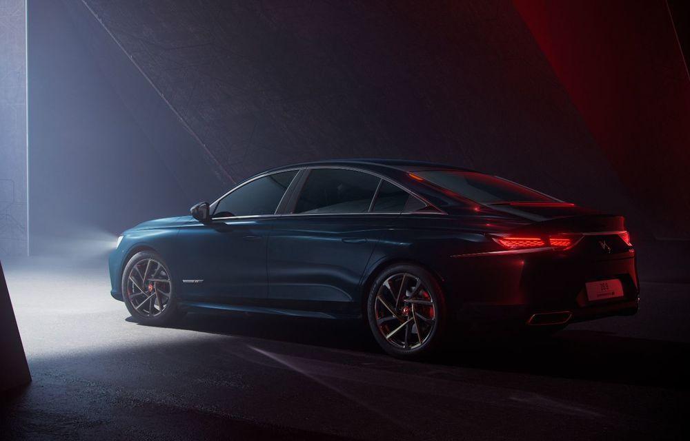 Primele imagini și informații oficiale pentru DS 9: sedanul de lux are o variantă pe benzină de 225 CP și trei versiuni plug-in hybrid de până la 360 CP - Poza 2