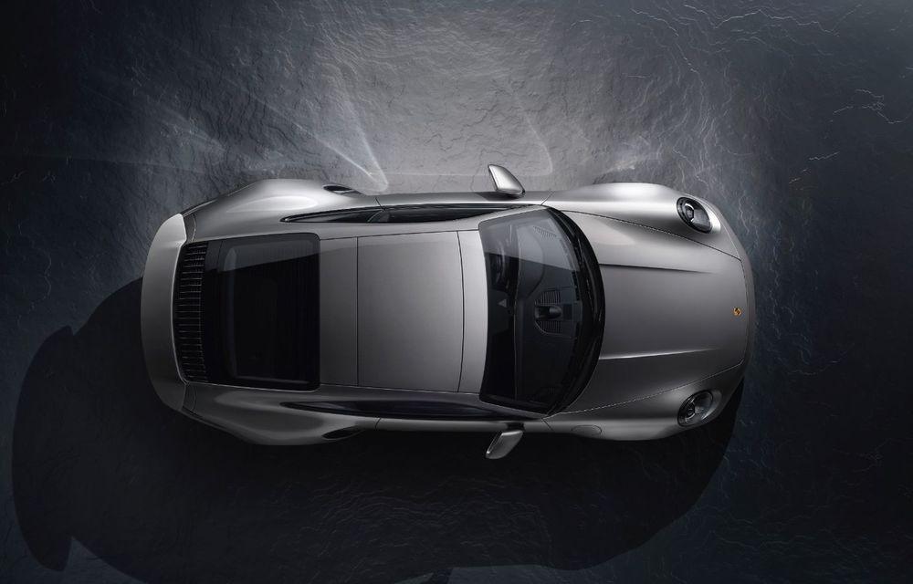 Atitudine de supercar: noul Porsche 911 Turbo S are 650 de cai putere și face 0-100 km/h în 2.7 secunde - Poza 2