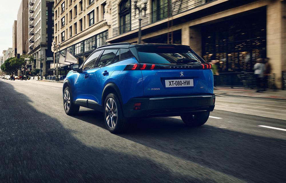 Prețuri pentru noul Peugeot e-2008: SUV-ul electric pleacă de la aproape 33.500 de euro - Poza 3