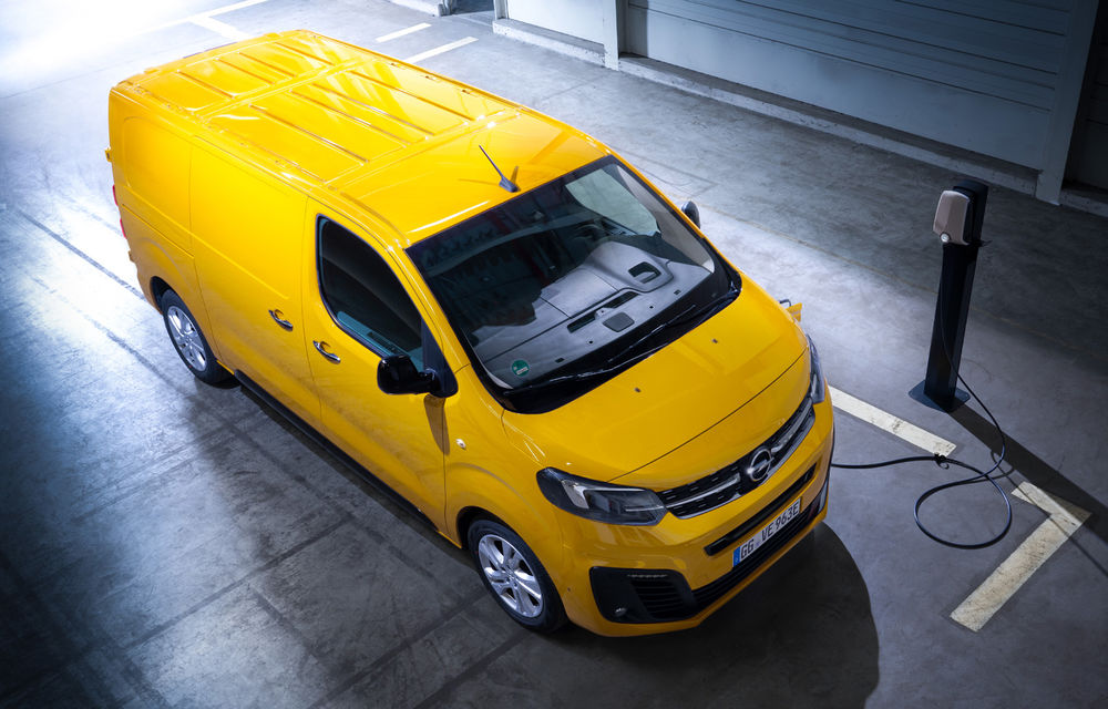 Opel a prezentat versiunea electrică a utilitarei Vivaro: 136 de cai putere și autonomie de până la 330 de kilometri - Poza 2