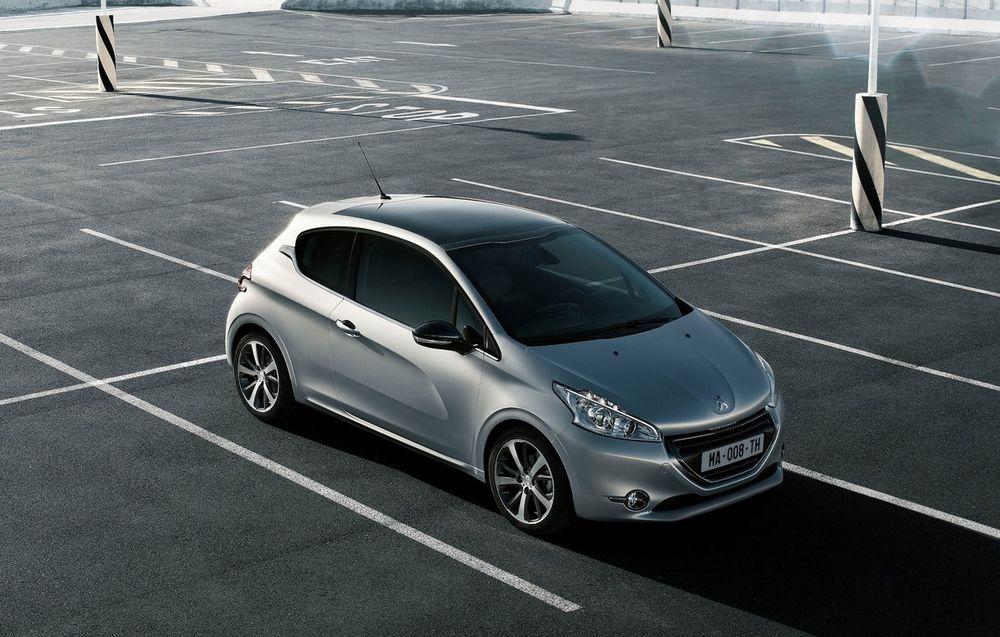 Peugeot 208 (3 usi)