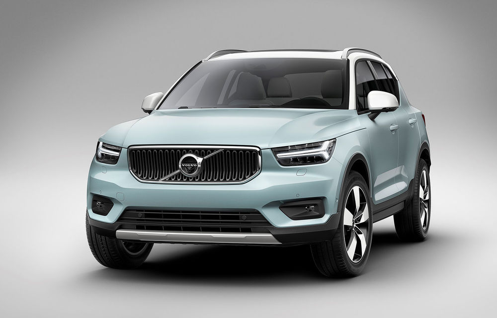 Volvo XC40 are o nouă versiune de bază: motor pe benzină de 1.5 litri cu 129 CP. În România, de la 32.800 de euro - Poza 2