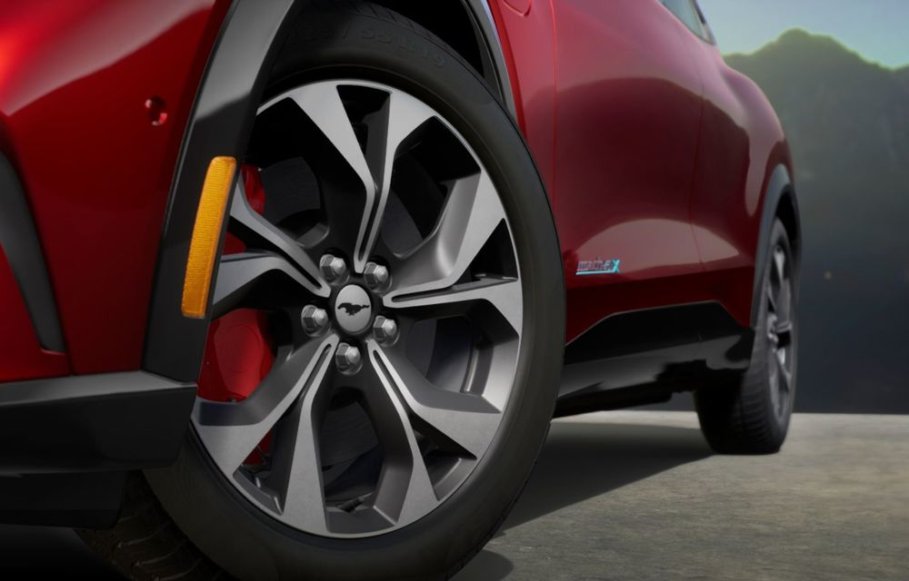 Prețuri Ford Mustang Mach-E în România: SUV-ul electric costă aproape 50.000 de euro - Poza 3